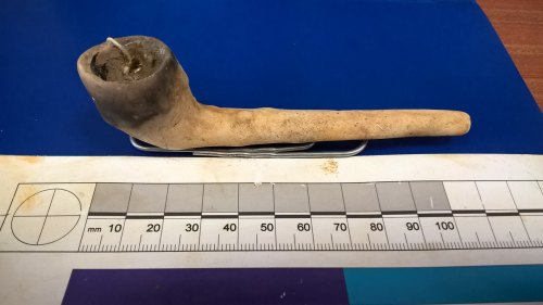 A resized image of MAS-100011; Cornwall; Clay Pipe (Smoking); Image 2 of 4